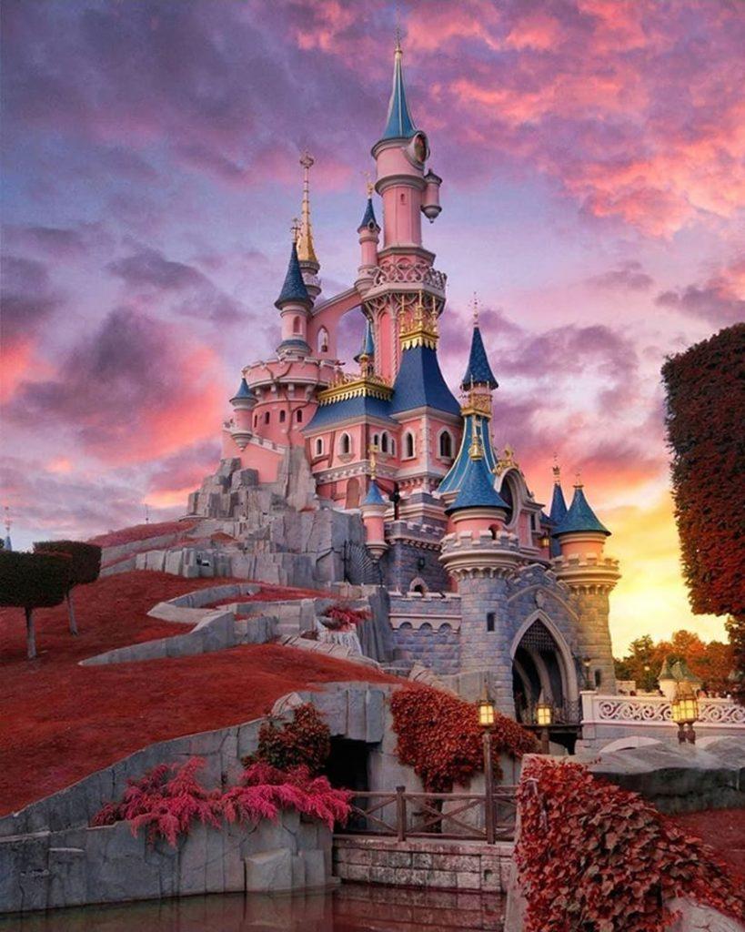 Nodes 25 - Disneyland en Autocaravana