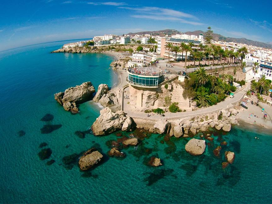 Nodes 25 - Viaje en autocaravana por la Costa del Sol Oriental: Nerja, Torrox y Torre del Mar